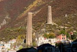 直波碉群的八角形碉樓