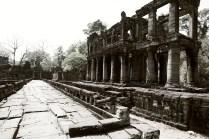 吳哥遺蹟中很少見的圓柱建築