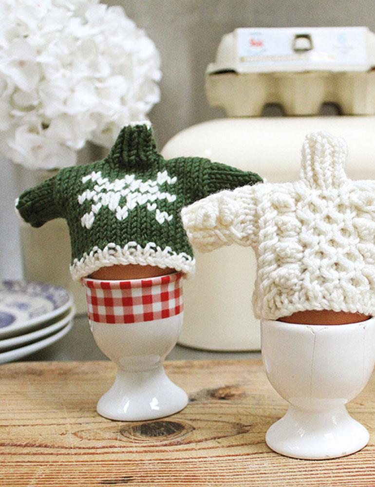 Egg Cosy Pattern | Debbie Bliss