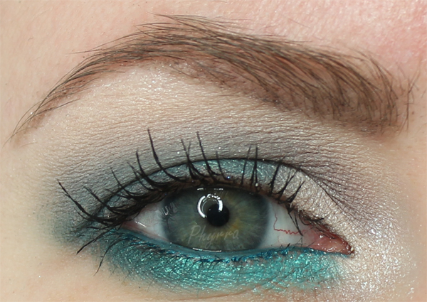 Grey and Teal Color Pop Tutorial