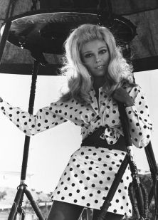 """Very young (age 13 maybe) """"Nancy Sinatra"""" in a giant ballon. The Habetz brothers in Loreauville had hot air ballons."""