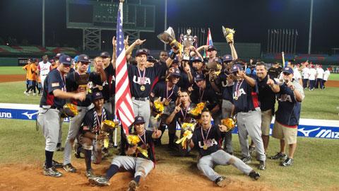 Estados Unidos festeja su medalla en el Mundial Juvenil de China Taipei. (usabaseball.com).