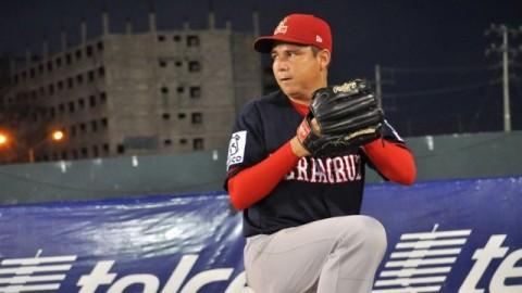 Tomás Solís de Rojos del Águila de Veracruz en Campeche