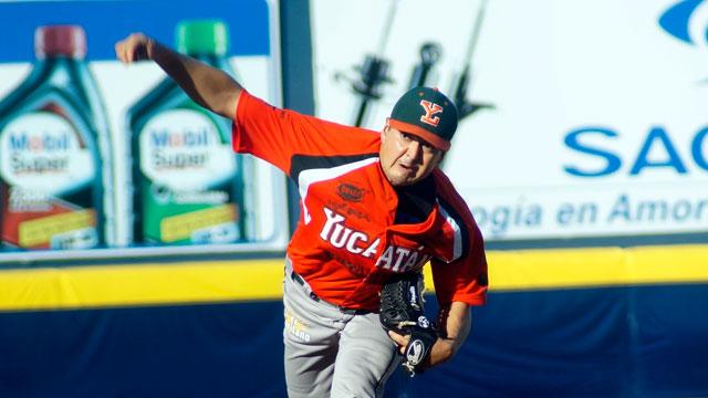 Juan Delgadillo ganó su cuarta decisión de la campaña. (Mario Serrano).