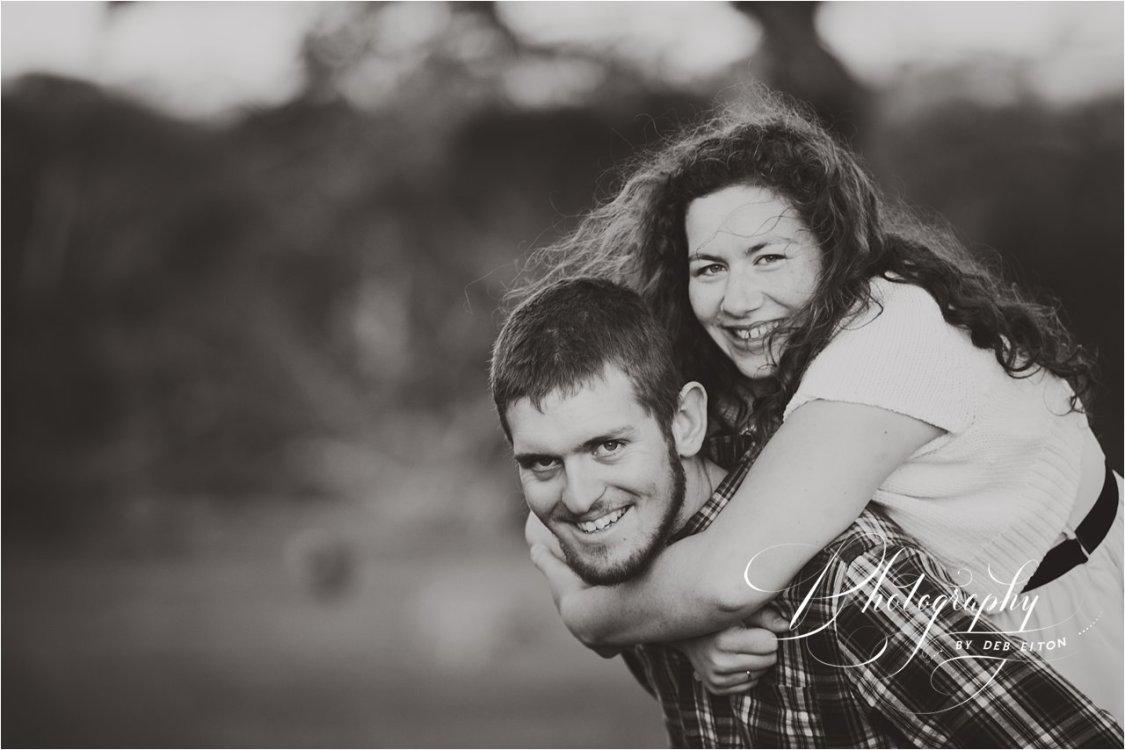 couplesphotographymclarenvale-79.jpg