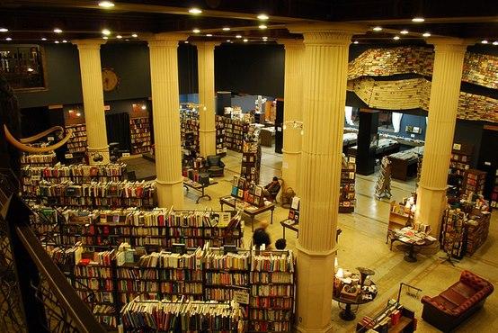 The-last-bookstore2