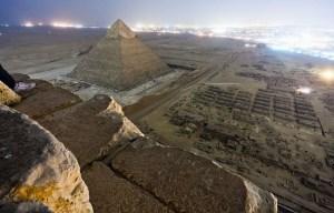 25 fotografías, tomadas ilegalmente, que muestran otra forma de ver los grandes monumentos del mundo.
