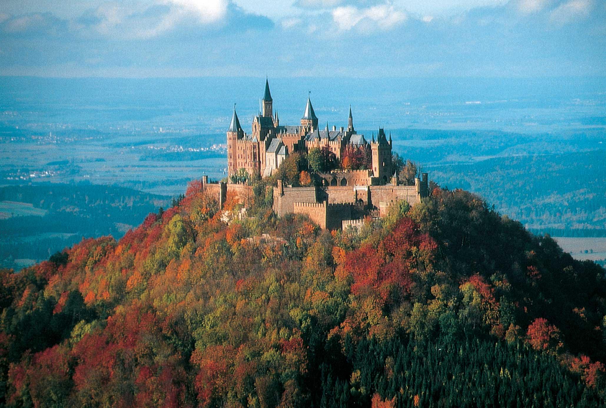 Swabian-Alb_Burg_Hohenzollern