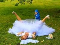 20 fotografías de boda en las que se arruinó el momento idílico.