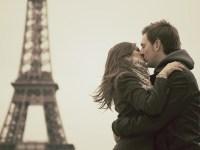 La vuelta al mundo en besos apasionados, porque el mundo necesita mensajes de amor