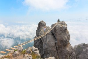 ¿Te atreverías a caminar a lo largo de estos puentes? Los más aterradores del mundo