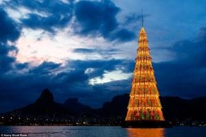 Conoce los árboles más impresionantes de Navidad en el mundo