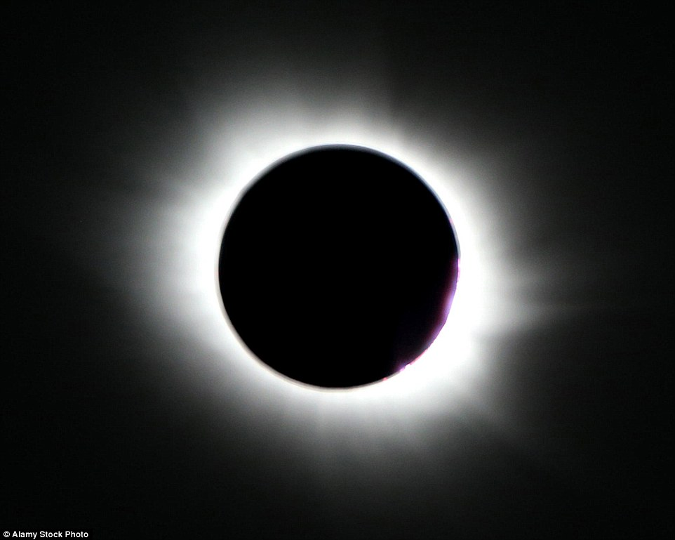 31D17BF900000578-3482995-The_eclipse_stock_image_will_also_be_available_to_watch_online_u-a-15_1457509410402