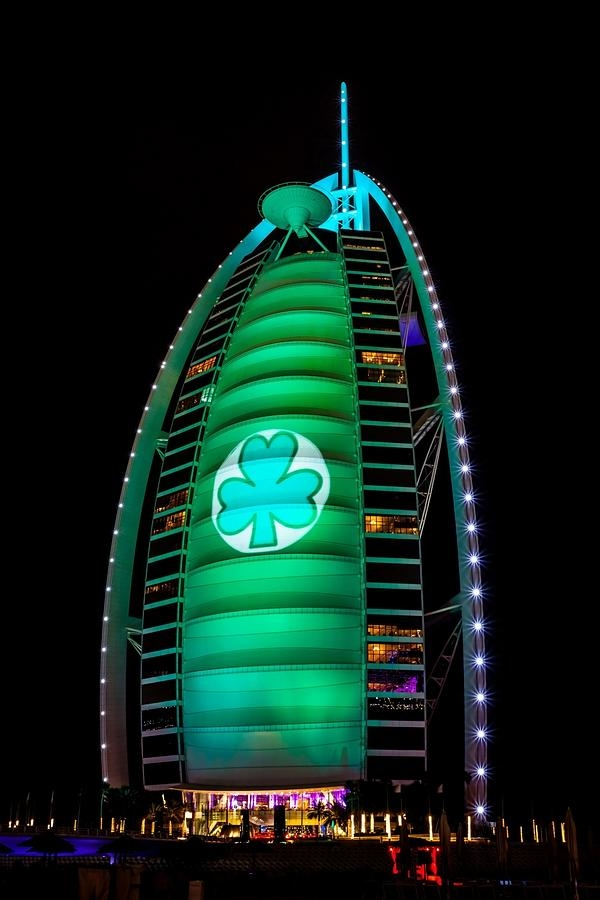 REPRO FREE 16/03/2015, Dubai, UAE – Tourism Ireland's annual Global Greening initiative, to celebrate the island of Ireland and St Patrick, has gone from strength to strength – from its beginning in 2010, with just the Sydney Opera House going green, to this year, when about 150 landmark buildings and iconic sites across the world will turn a shade of green for our national day. PIC SHOWS: Burj Al Arab hotel in Dubai joins Tourism Ireland's Global Greening, to celebrate the island of Ireland and St Patrick. Pic – Tourism Ireland (no repro fee) Further press info – Sinéad Grace, Tourism Ireland 087 685 9027