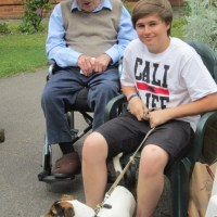 Rolo visits care home. Loves the elderly! #dogs http://t.co/WXe7bu0Scv