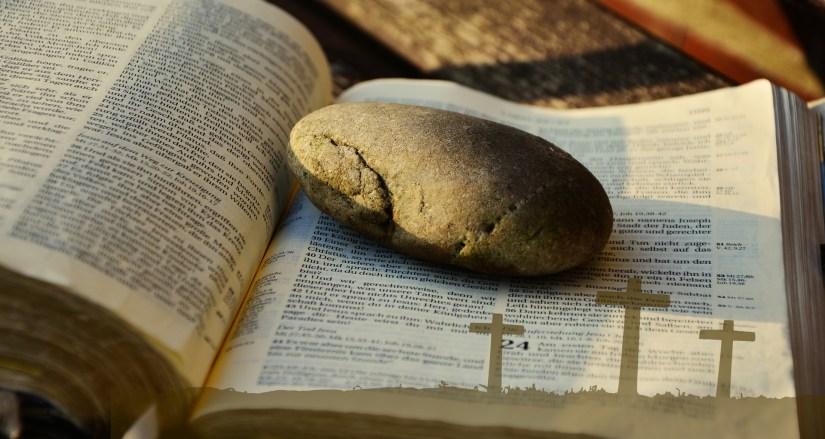 bible-2062202_1920