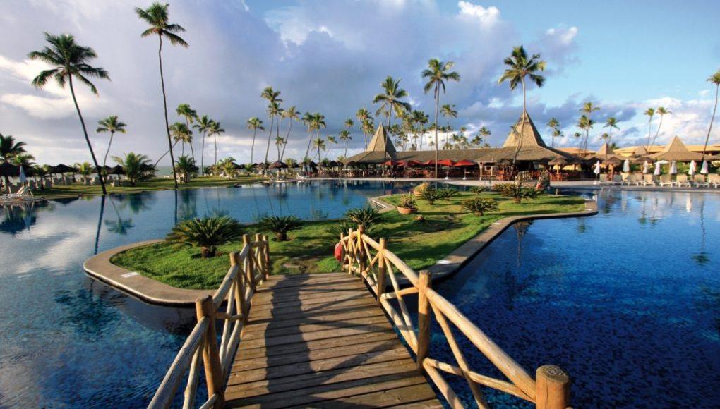 Traslado do aeroporto de Salvador para Vila Galé Marés é um dos resorts mais procurados da Bahia.