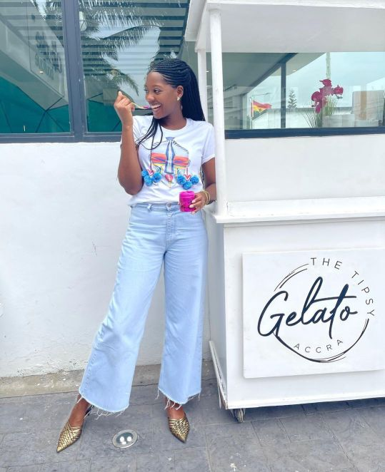WAYS TO STYLE WIDE LEG JEANS