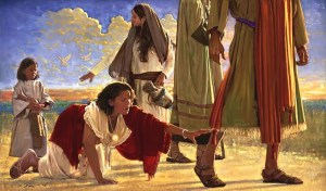 Jesus Heals the sick Touch-the-Hem-of-His-Garment