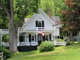 Waterside cottage with Wraparound Porch