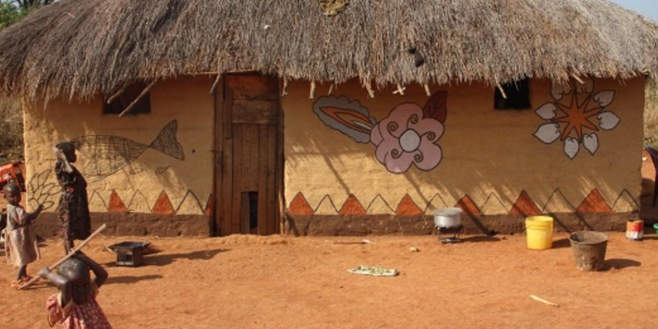 Photo-reportage : Makwacha, le village des femmes peintres
