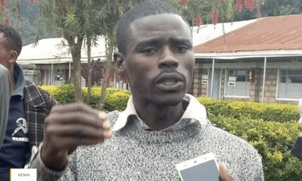 Un étudiant de 23 ans qui a battu campagne à pied remporte un siège de député