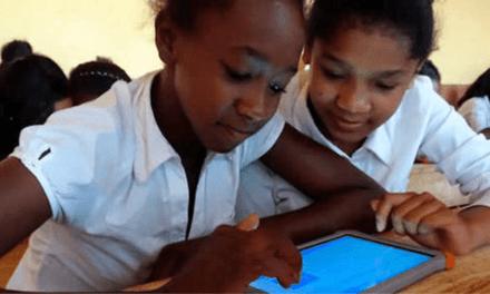 Votre enfant étudiera-t-il bientôt avec une tablette ?