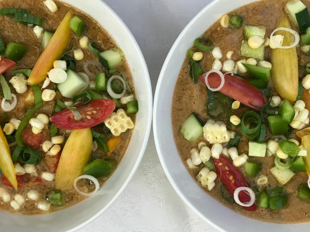 Simple Gazpacho. Vegan and glutenfree.