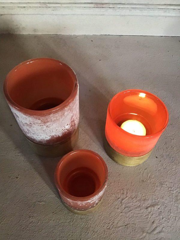 theelicht met houten voet warm oranje