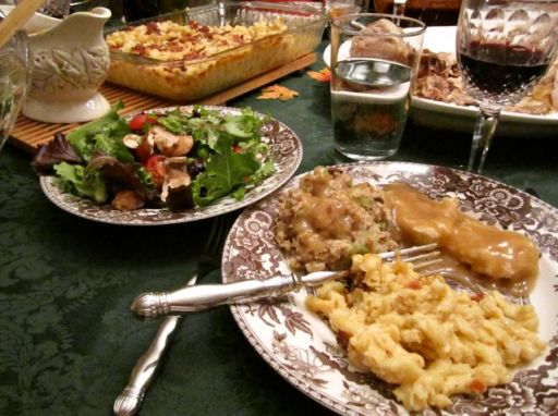 ThanksgivingDinnerPlate