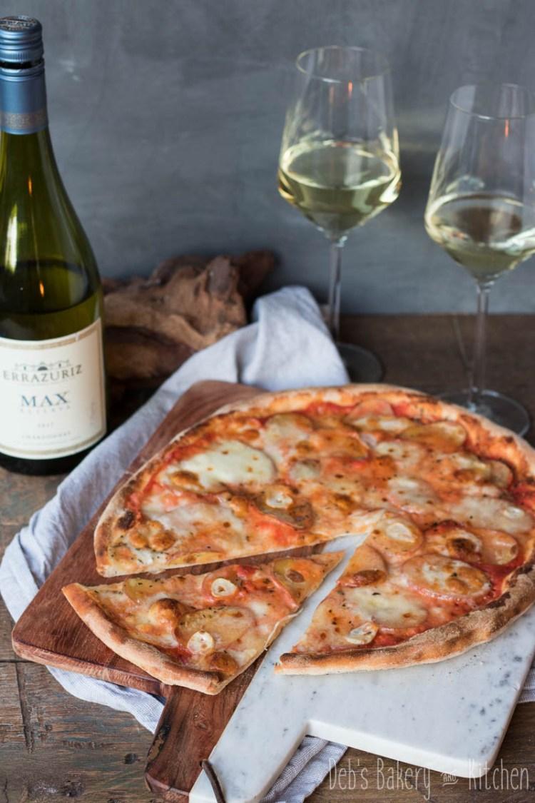 pizza met roseval aardappels en truffel taleggio