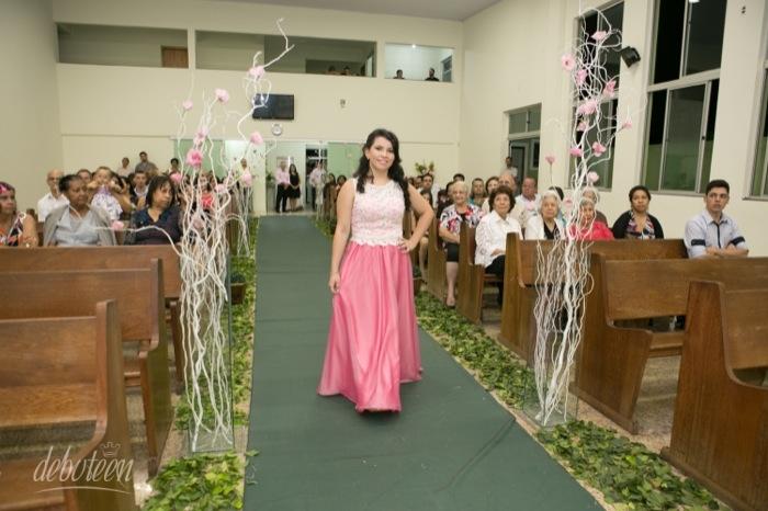 Celebração religiosa na festa de 15 anos
