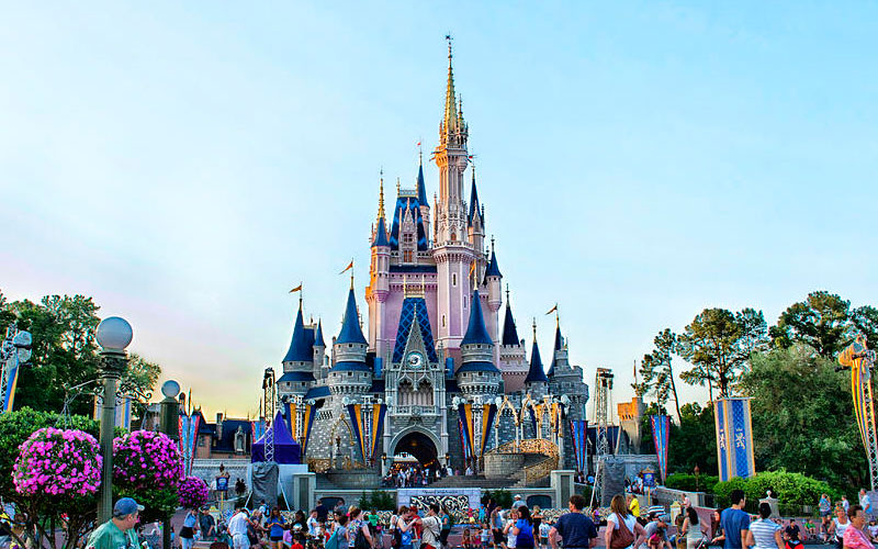 Castelo Cinderela Disney Magic Kingdom - Festa de 15 anos na Disney