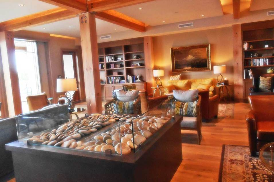 Living room at The Lodge at Columbia Point