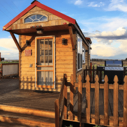 Destiny Ridge Vineyard Affinity Alberiño tiny house