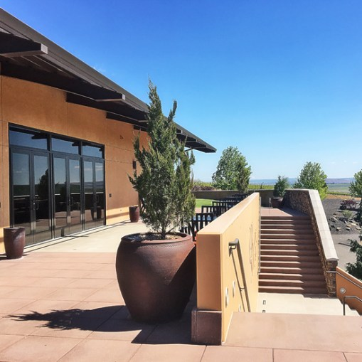 Col Solare patio, Red Mountain, WA