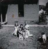 Betty,Kathy, Rosie,Bobby, Mom