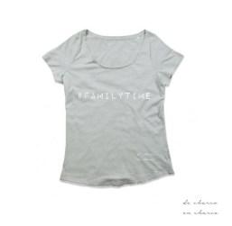 camiseta mujer familytime gris www.decharcoencharco.com