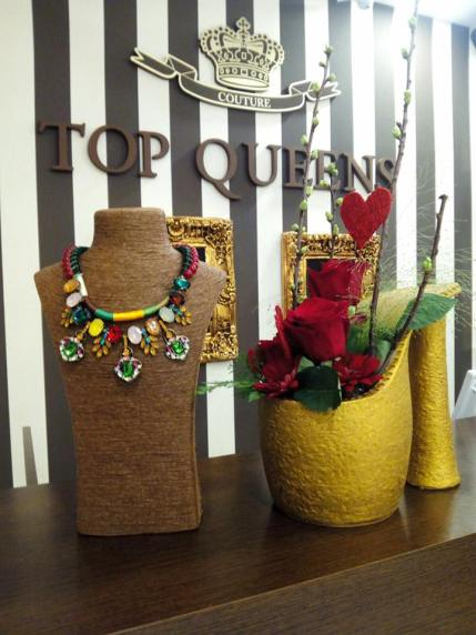 ejemplo tienda top queens www.decharcoencharco.com