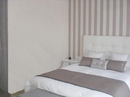 dormitorio papel-pintado www.decharcoencharco.com