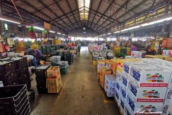 【台南新化】泰國嘟嘟車現身果菜市場載貨了!快來新化果菜市場批貨了~