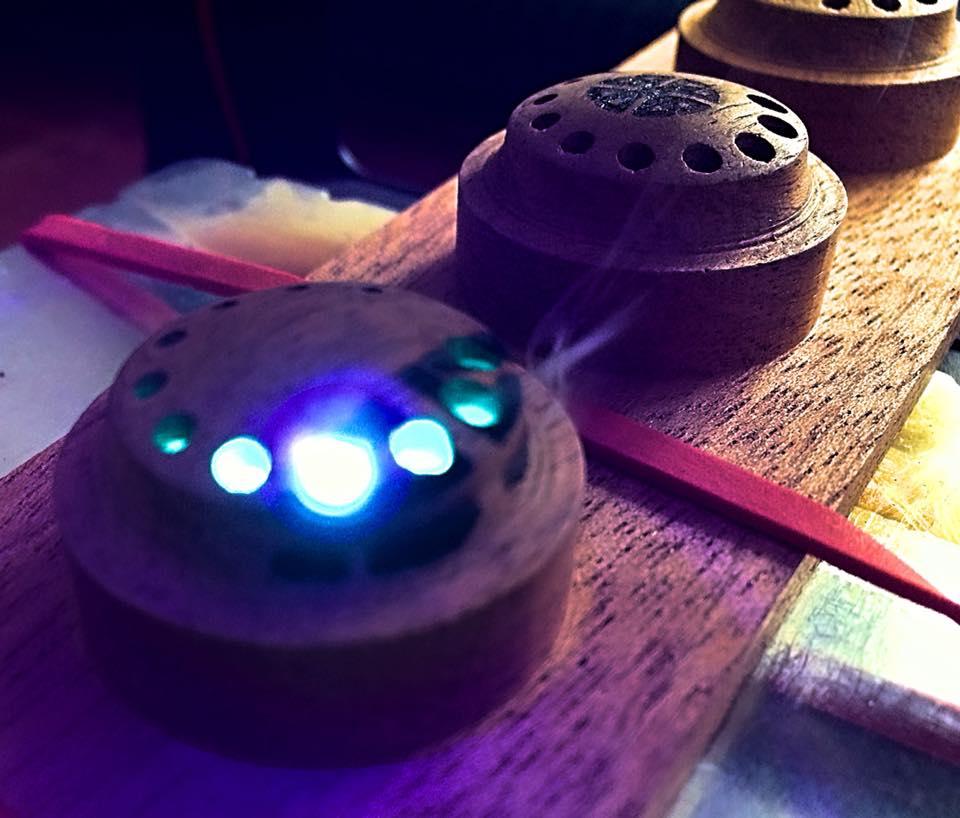 illuminated knobs mahoganie