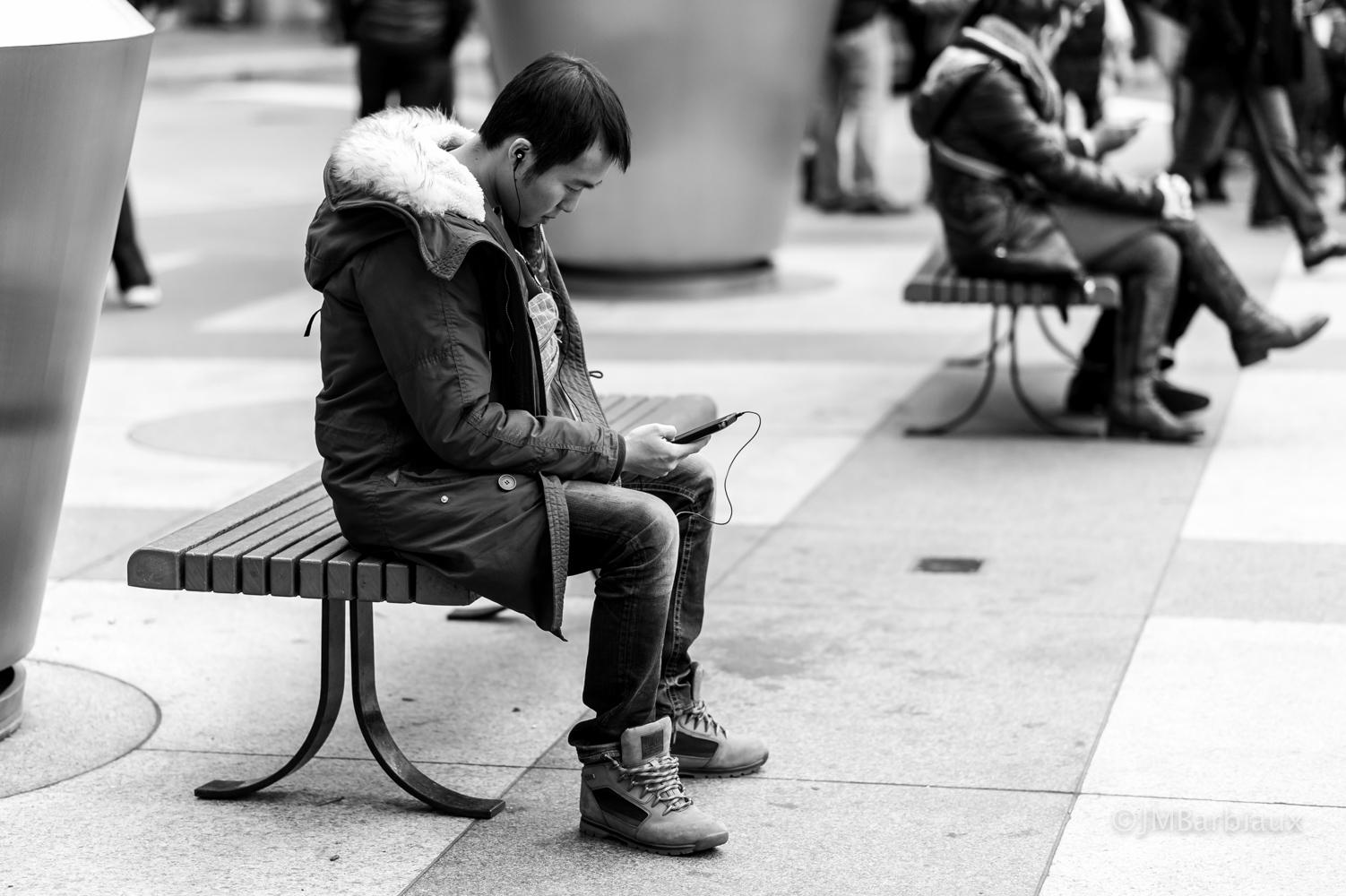 Street Photography Composition – Layering | DecisiveShot