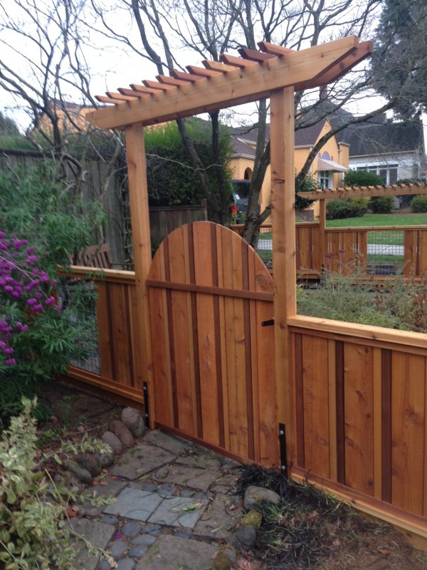 Cedar And Woven Wire Fence With Pergolas Deck Masters Llc