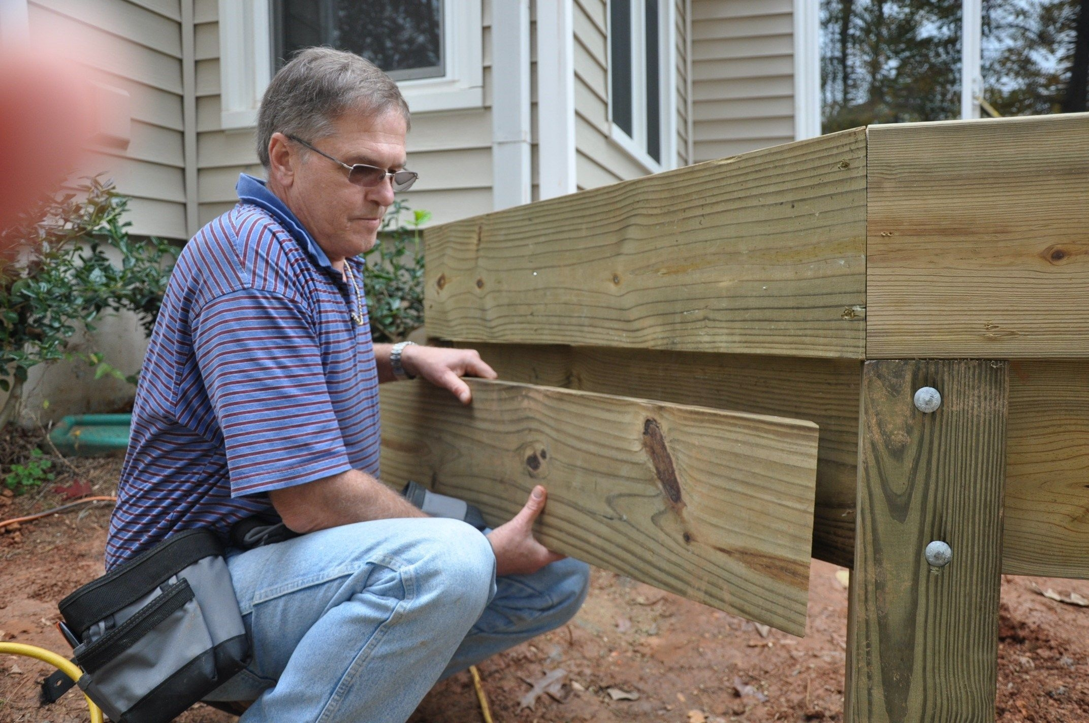 Stair Stringer Attachment Decks Com | 3 Step Outdoor Stairs | Diy | Portable | Entrance | Wide | Curved Front Porch