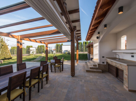 outdoor living space contractor rogers ar