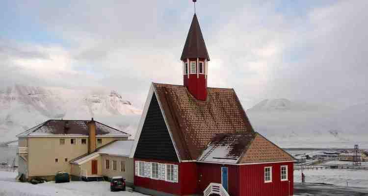 Longyearbyen, la ville ou on ne meurt pas