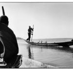 En pirogue sur le Niger, Mali, clichés noir et blanc argentique, Jean-Pierre Devals