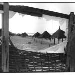 La plage, Yoff, Sénégal, clichés noir et blanc argentique, Jean-Pierre Devals