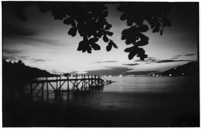 Baie de Bungus Pantaï, Sumatra, Indonésie, noir et blanc argentique, Jean-Pierre Devals